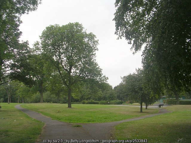 This photo ofapart ofHorton Park iscopyright BettyLongbottom