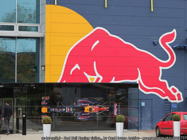 FuturoCoin este noul partener al Aston Martin Red Bull Racing