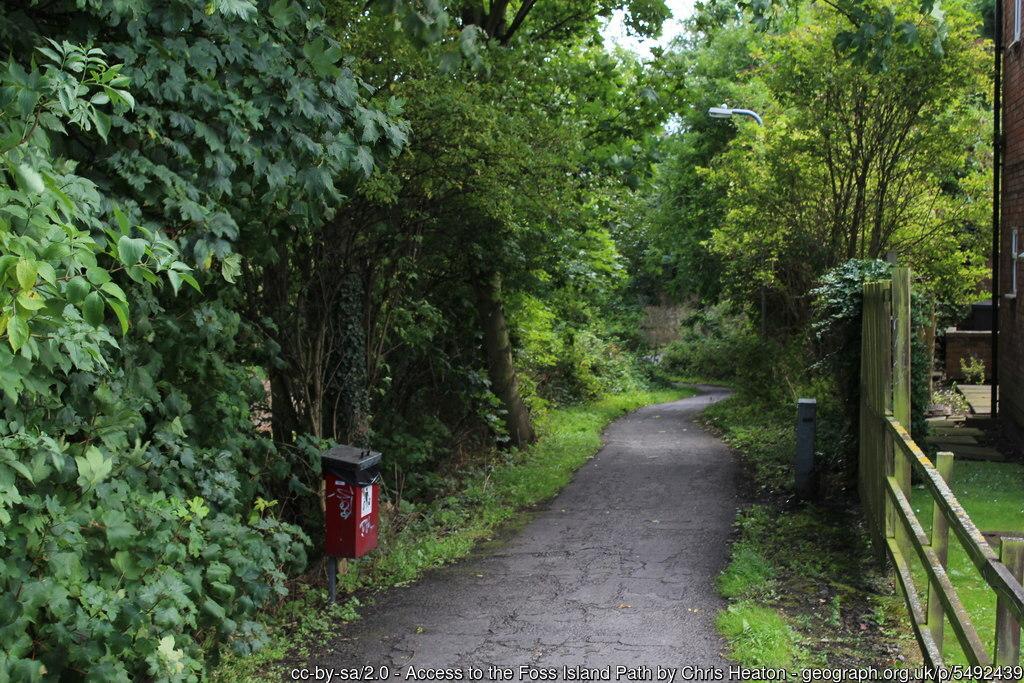 Foss Island Path